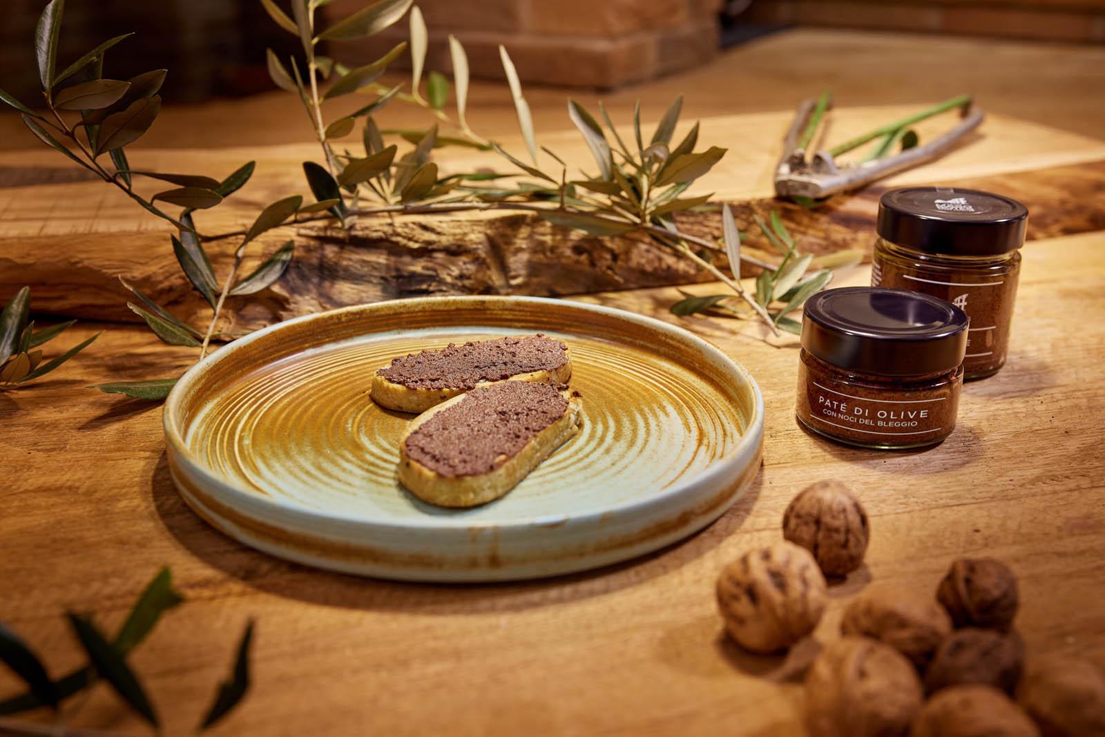 Agriturismo Maso Botes Paté di Olive con noci del Bleggio